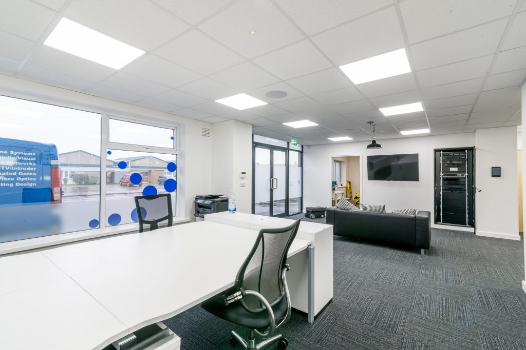 Office fit out King's Lynn including visitors entrance area & bench desks.